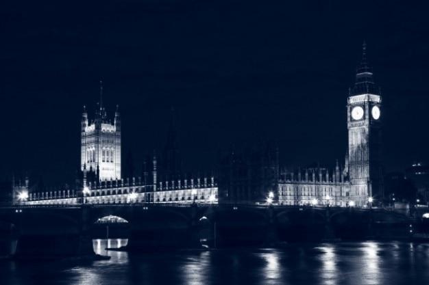 Лондон парламент ночью