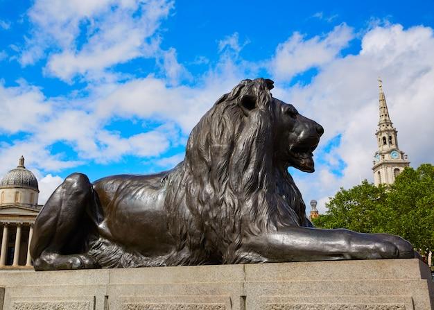 Лондонская трафальгарская площадь лев в великобритании