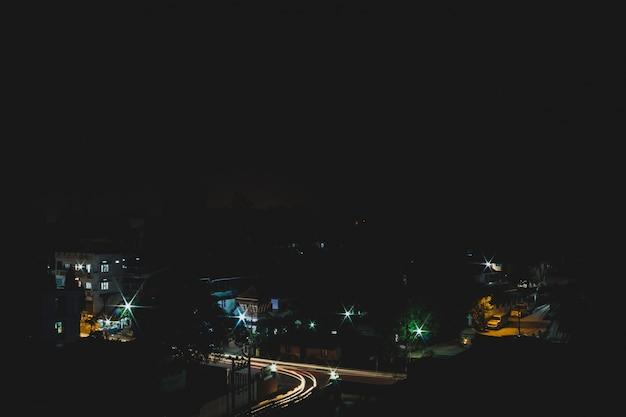 インドの都市街の長時間露光ショット
