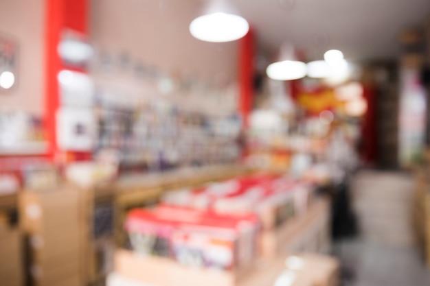Длинный выстрел расфокусированный вид винилового магазина