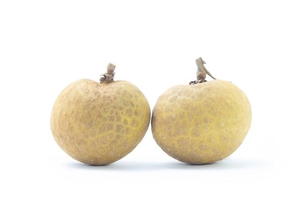 背景にリュウガン。新鮮なリュウガンのタイの果物。
