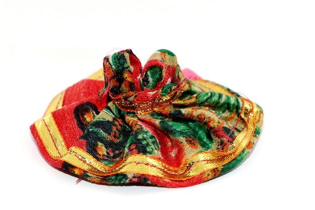 Lord krishna's (laddu gopal dress) 드레스 흰색 배경에 고립