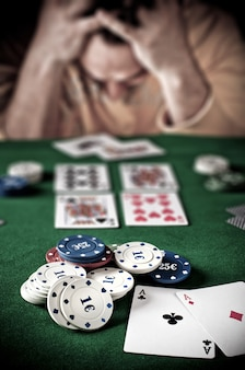 Lose player at the poker table