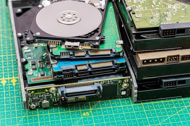 Hdd 정보 수리, 복구 서비스에 많은 하드 디스크 드라이브 팩