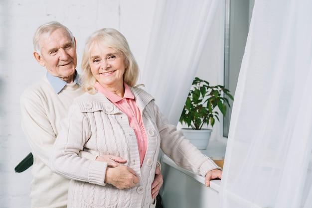 Love concept with senior couple Premium Photo