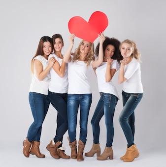 Любовь внутри каждого человека