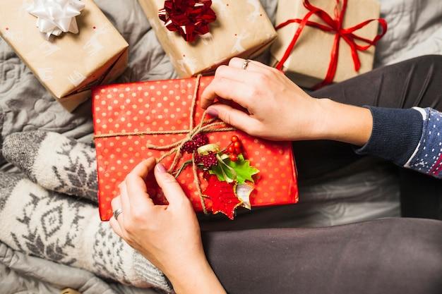 사랑스러운 크리스마스 선물 구성