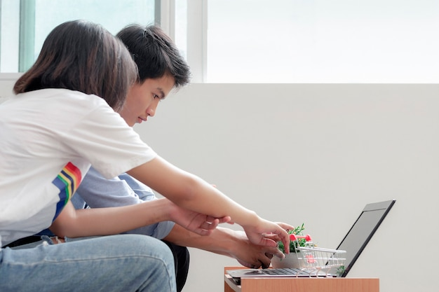 Lovers learn and plan e-commerce work with his small business. gen z business people.