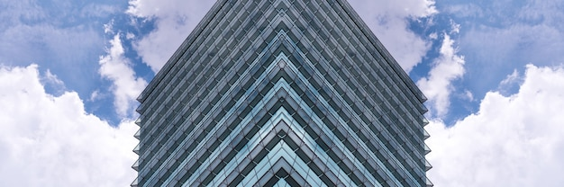 타이페이, 대만의 고층 빌딩의 낮은 각도보기