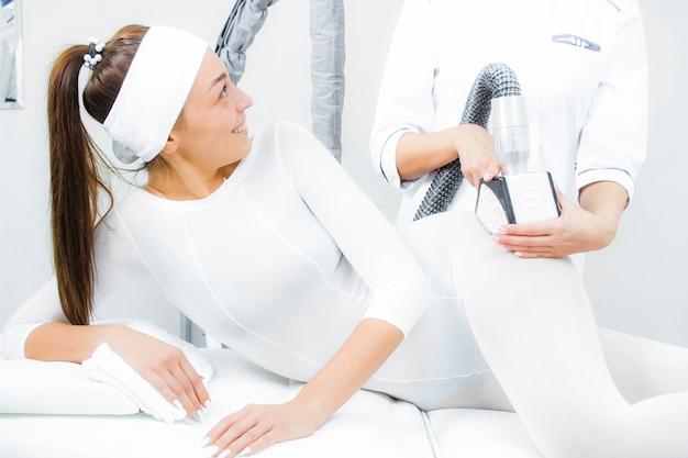 Lpg massage. lpg foot massage close-up. anticellulite massage.