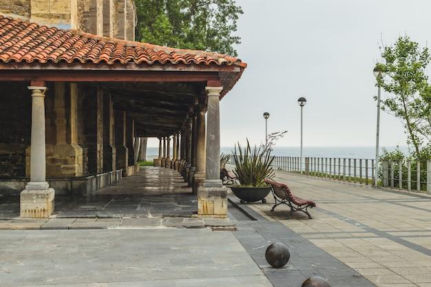 Luanco catholic church arches