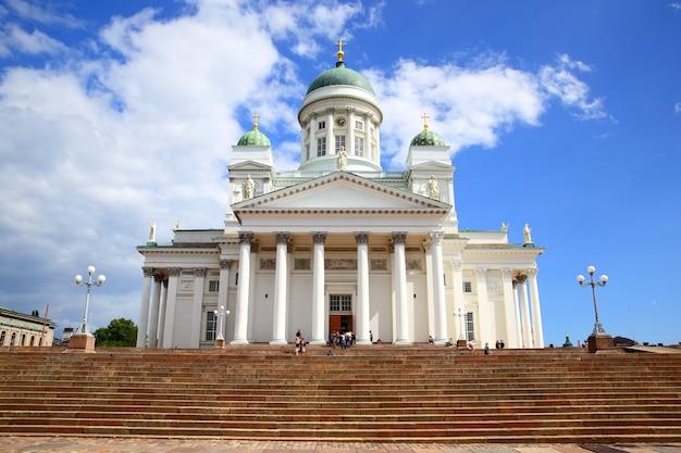 Лютеранский собор в старом городе хельсинки, финляндия