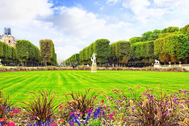 Люксембургский сад (люксембургский сад) в париже, франция