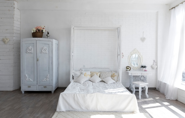 Luxurious vintage bedroom design