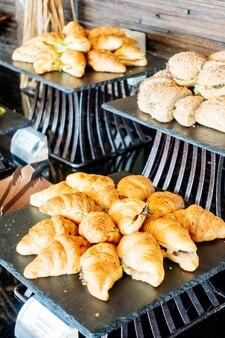Роскошный банкет шведский стол блюдо еда