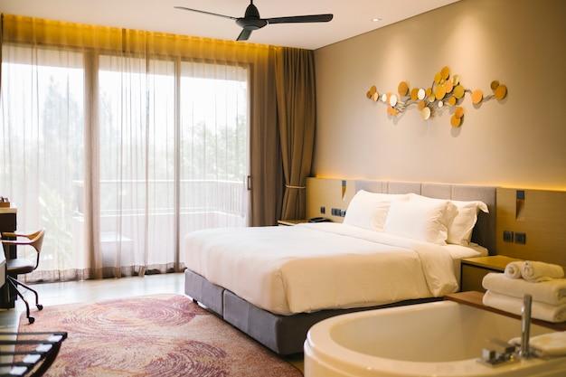 호텔의 럭셔리 침실