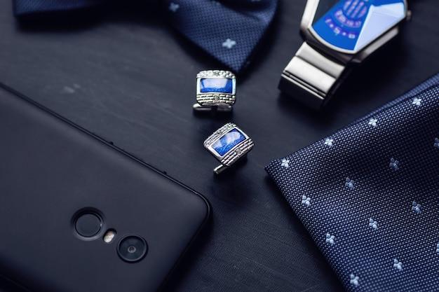 Роскошные синие модные мужские запонки, аксессуары для смокинга, галстук-бабочка, носовой платок, часы и смартфон
