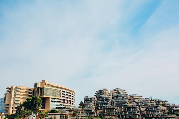 ブドヴァ モンテネグロの大規模な高級ホテル コンプレックス デュークリー ガーデンズ