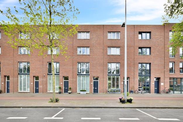 Luxury residential building