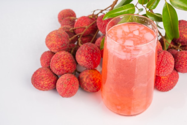 Lychee juice and lychee fruit.