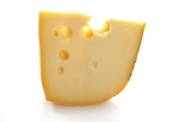 Ломтик сыра маасдам