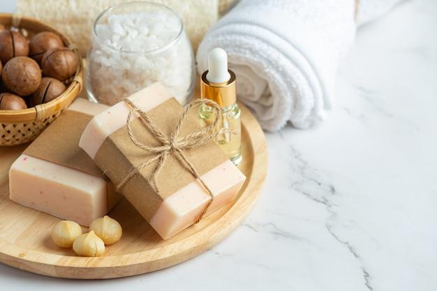 Мыло макадамия для ухода за кожей