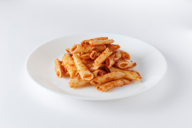 Macaroni bolognese with meat