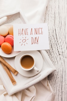 Macarons на завтрак и чашку кофе