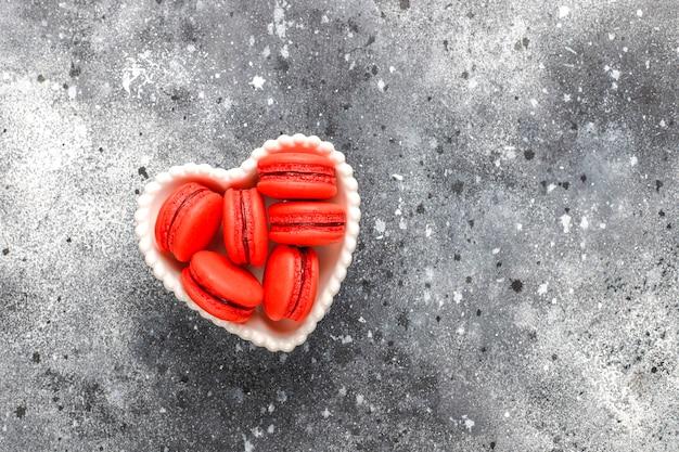 Macaroons with raspberry.