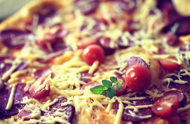 マクロ焼きピザのトッピング