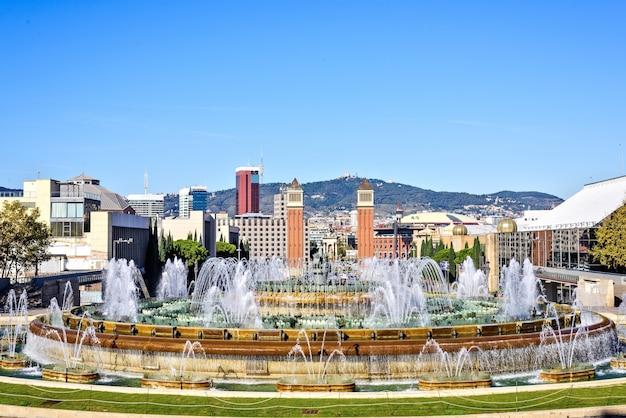 플라자 에스파냐, 바르셀로나, 스페인에서 마법의 분수