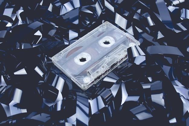 마그네틱 테이프 고장난 카세트 배경