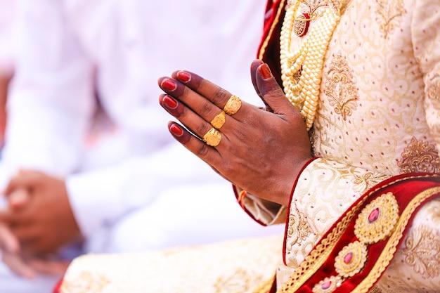 Maharashtra wedding ceremony in hinduism groom hand