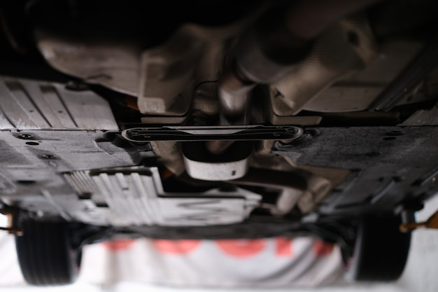 Maintenance and car suspension on lift. vehicle suspension diagnostic test rules
