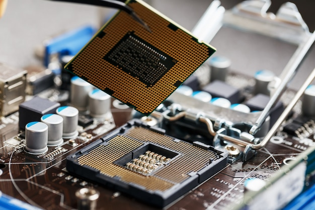 Maintenance computer cpu hardware upgrade of motherboard component