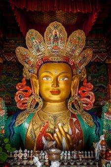 Майтрея будда в тиксей гомпа