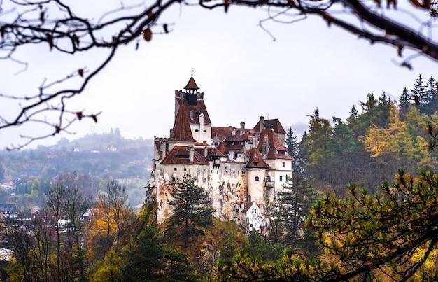 ルーマニアの雄大なブラン城