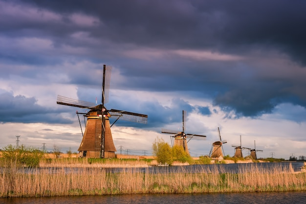 Majestic evening in kinderdijk, landscape with windmills, netherlands