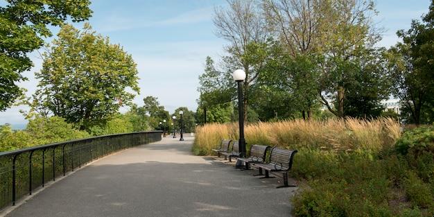 公園のベンチ、majora hill park、parliament hill、オタワ、オンタリオ、カナダ