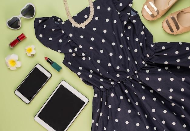Make-up skirt tablet cellphone