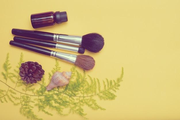 Makeup brush, beauty