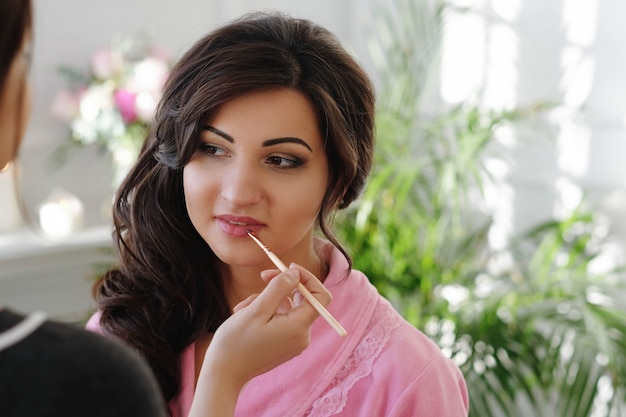 Makeup process at the wedding day