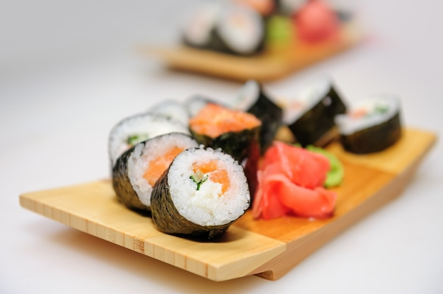 Maki ushi rolls with salmon