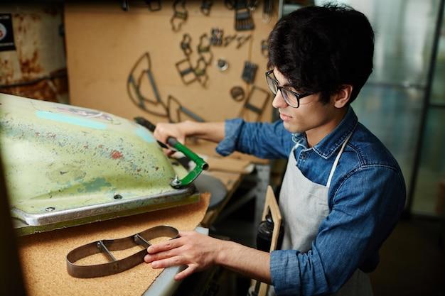 Making new sole workpiece