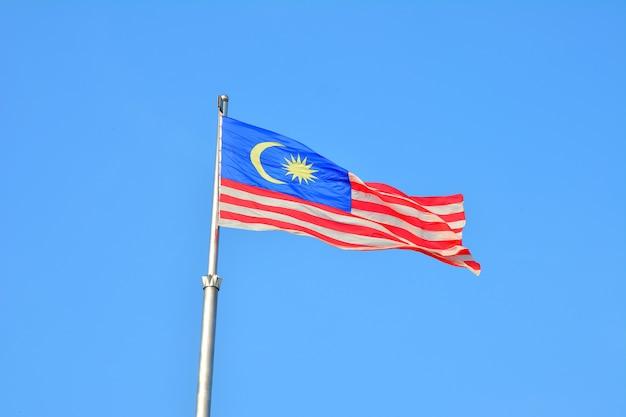 Национальный флаг малайзии, также известный как джалур гемиланг