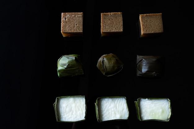 マレーシア料理。チョコレートゼリー、クイコシ、クイテプンペリタ。