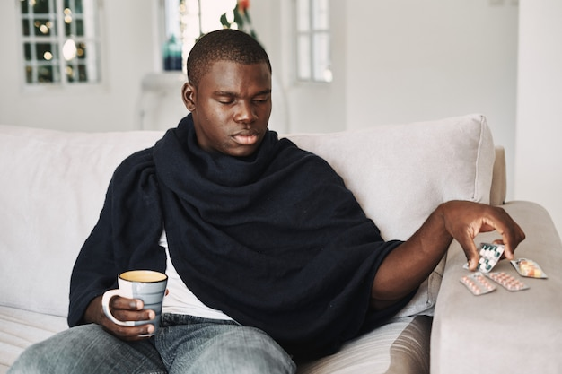 男性黒風邪、インフルエンザ、ウイルス、病気