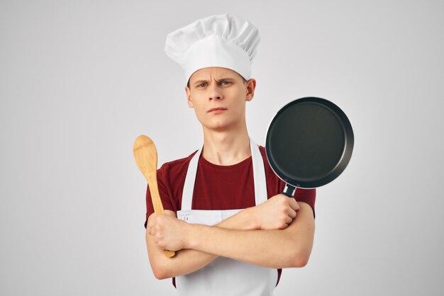 남성 요리사 주방 전문 레스토랑 밝은 배경