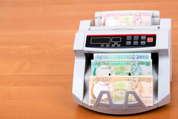 Maltese lira in a counting machine