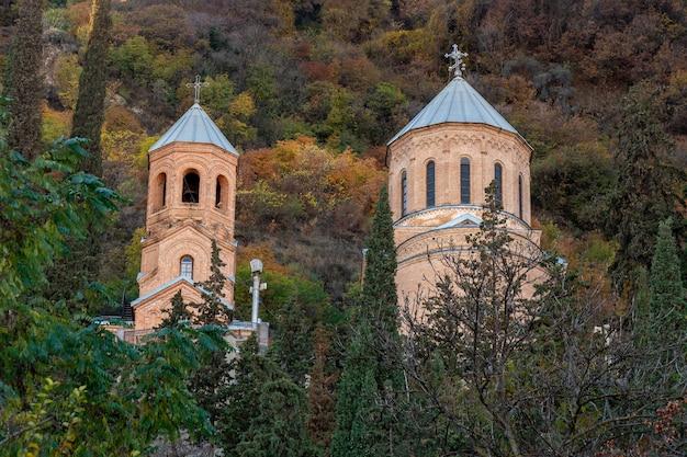 ママダビティ教会、トビリシ、ジョージアのマウントmtatsminda